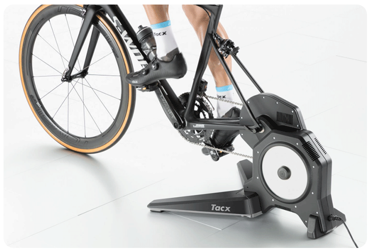 Installation d'un vélo sur le nouveau Tacx Flux S Smart