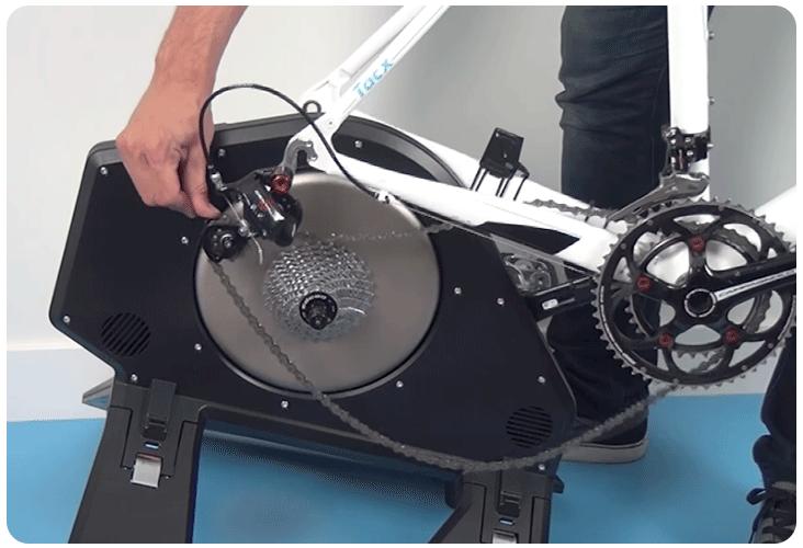 Installation d'un vélo sur le Tacx NEO 2T Smart